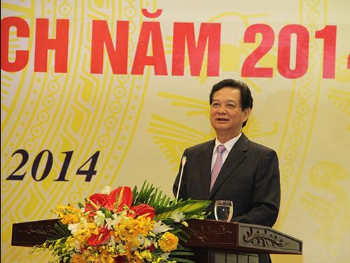 Thủ tướng Nguyễn Tấn Dũng yêu cầu phải kéo giảm số người chết vì tai nạn giao thôngẢnh: NGUYÊN MINH