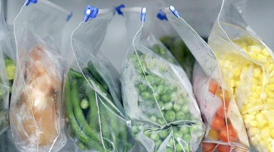 Các loại thực phẩm khác nhau cần được để trong túi riêng.