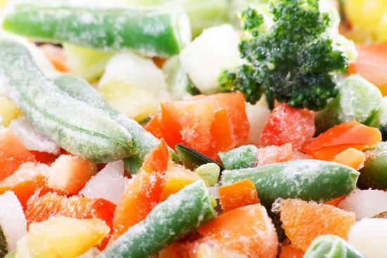 Rau củ bảo quản lạnh giữ được nhiều vitamin hơn rau để bên ngoài.