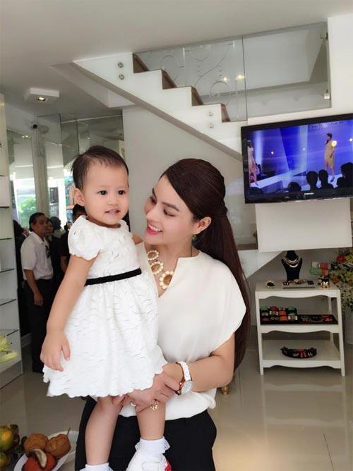 Hương Giang Idol hài lòng sau 1 tuần sống thử - 7