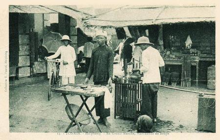 Một gánh phở ở chợ Hải Phòng.