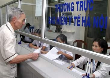 Người dân được khám chữa bệnh BHYT tại địa phương khác có cơ sở khám chữa bệnh tương đương với cơ sở đăng ký trong thẻ BHYT