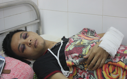 Gần đây nhất là vụ Y sĩ Nguyễn Văn Quyết, BVĐK huyện Quế Phong, Nghệ An bị người nhà bệnh nhân hành hung.