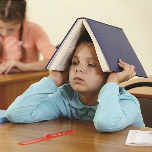 Dường như ở trẻ tăng động giảm chú ý có một chiếc máy hoạt động không nghỉ  nên trẻ thường không thể ngồi im