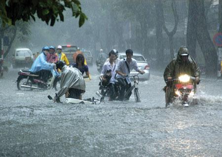 Bắc Bộ mưa dông trên diện rộng, đề phòng thời tiết nguy hiểm