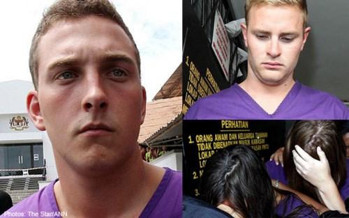 4 thanh niên-du khách đã mạo phạm thần linh khi liều lĩnh khỏa thân trên núi thiêng Malaysia