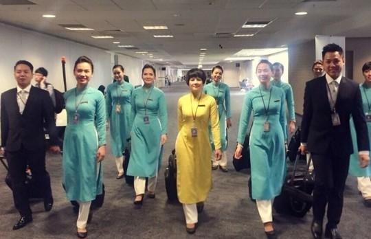 Đồng phục mới cho phi hành đoàn của Vietnam Airlines được thử nghiệm từ 3-3
