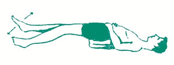 Động tác thở 4 thời có kê mông giơ chân