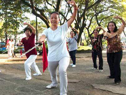 Luyện tập thể dục phù hợp giúp nâng cao sức khỏe và phòng tránh bệnh tật.