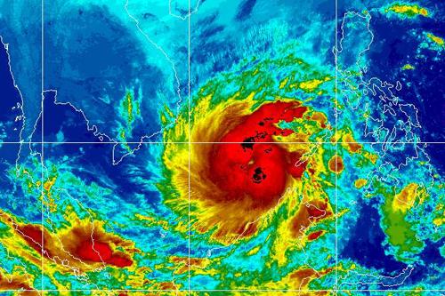 Tembin được đánh giá là cơn bão mạnh, đổ bộ vào đất liền với gió cấp 10 (hơn 100 km/h).
