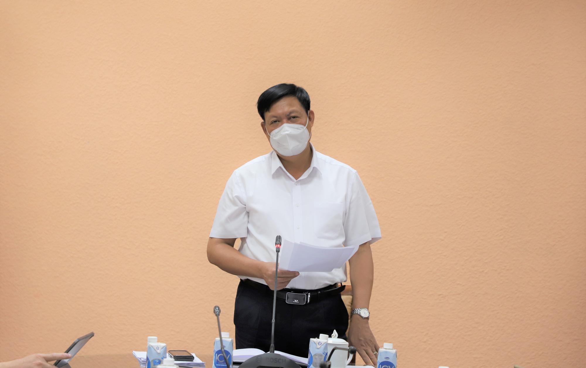Thứ trưởng Bộ Y tế: Số ca mắc COVID-19 tại nhiều địa phương ở miền Tây giảm, nhưng không chủ quan   - Ảnh 1.