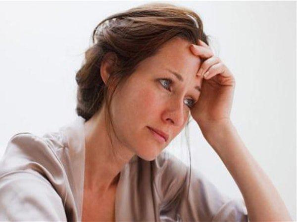 Thực phẩm nào tốt cho phụ nữ tuổi mãn kinh? - Ảnh 2.