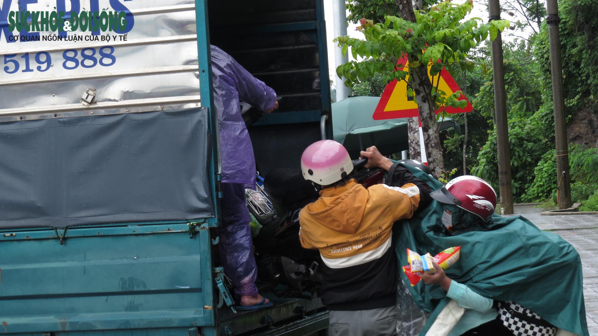 Nghệ An: Người dân về quê nên đăng ký với cơ quan chức năng sở tại - Ảnh 2.