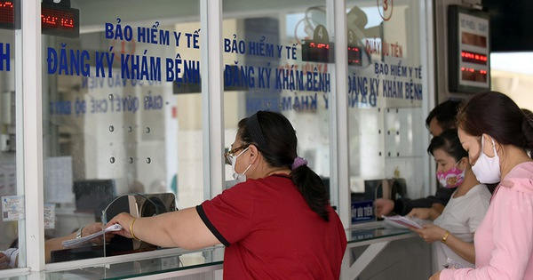 BHXH Việt Nam đồng hành, tháo gỡ khó khăn cho người lao động, doanh nghiệp vượt qua đại dịch - Ảnh 2.