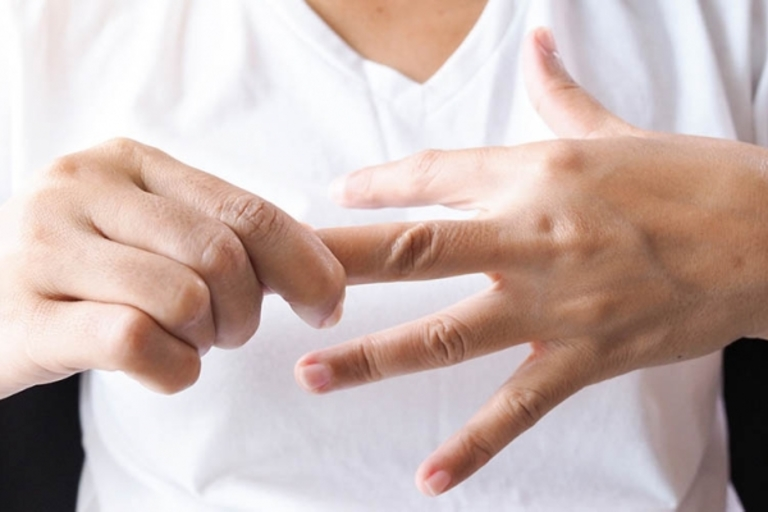 """Những dấu hiệu """"tố"""" cơ thể bạn đang thiếu vitamin nghiêm trọng - Ảnh 5."""