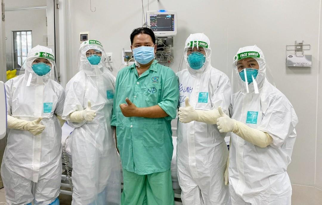 """Diễn biến dịch ngày 17/7: """"Tuyệt đối không để các y bác sĩ trên tuyến đầu thiếu vật tư, trang thiết bị y tế chống dịch""""  - Ảnh 13."""