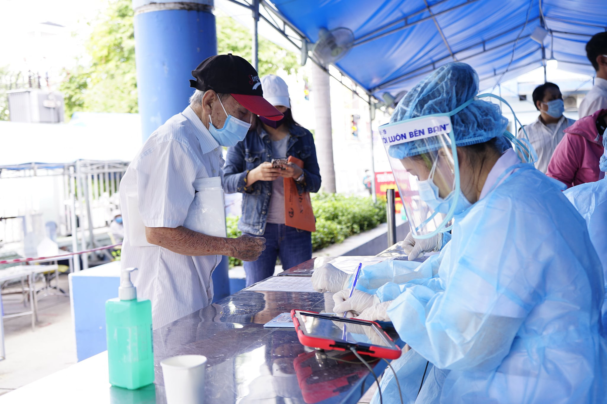 Diễn biến dịch ngày 20/6: Việt Nam ghi nhận 311 ca mắc mới  - Ảnh 3.