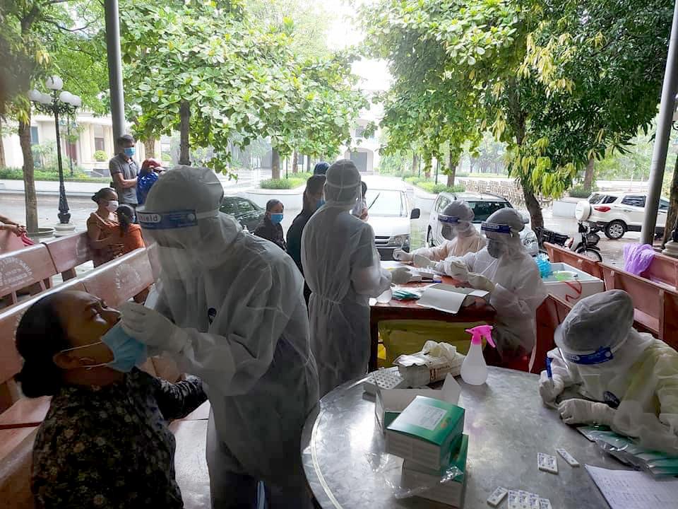 Diễn biến dịch ngày 13/6: Huy động nguồn lực cho nghiên cứu, sản xuất vắc xin phòng COVID-19 trong nước - Ảnh 6.