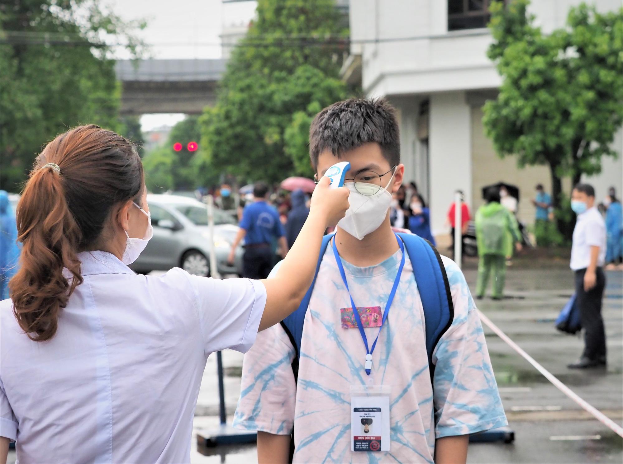 Diễn biến dịch ngày 12/6: Việt Nam ghi nhận 261 bệnh nhân mắc COVID-19 trong ngày  - Ảnh 9.