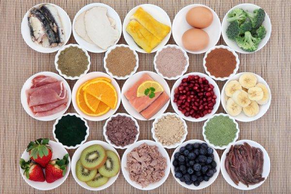 Bổ sung nhiều rau quả tươi, giàu vitamin và khoáng chất vừa chống lão hóa, giữ vóc dáng lại đảm bảo một sức khỏe tốt.