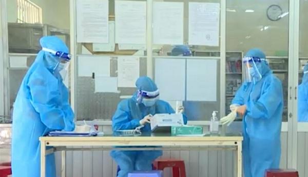 Dỡ phong toả khoa Nội Tổng hợp thần kinh Bệnh viện Đa khoa tỉnh Khánh Hòa - Ảnh 1.