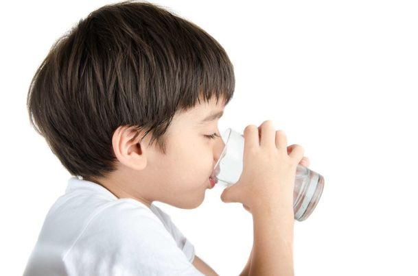 Trẻ mắc Lupus ban đỏ cần chăm sóc đúng cách - Ảnh 4.