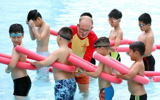 Học bơi và chống đuối nước, những kiến thức không chỉ dành cho VĐV