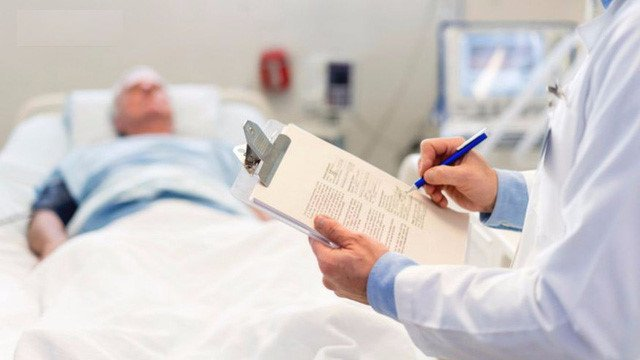 Tác dụng phụ có thể gặp trong và sau xạ trị ung thư - Ảnh 3.