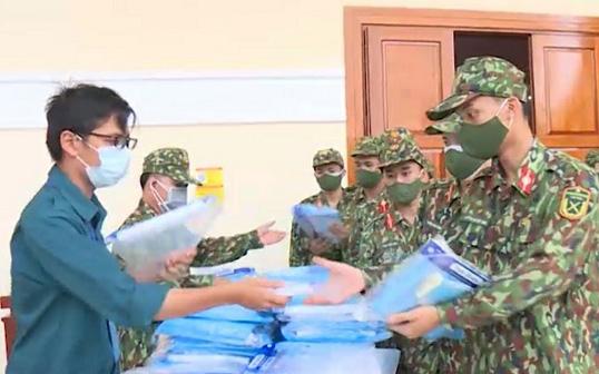 Quân đội hỗ trợ Nha Trang kiểm soát chặt các xã, phường có nhiều 'vùng đỏ'