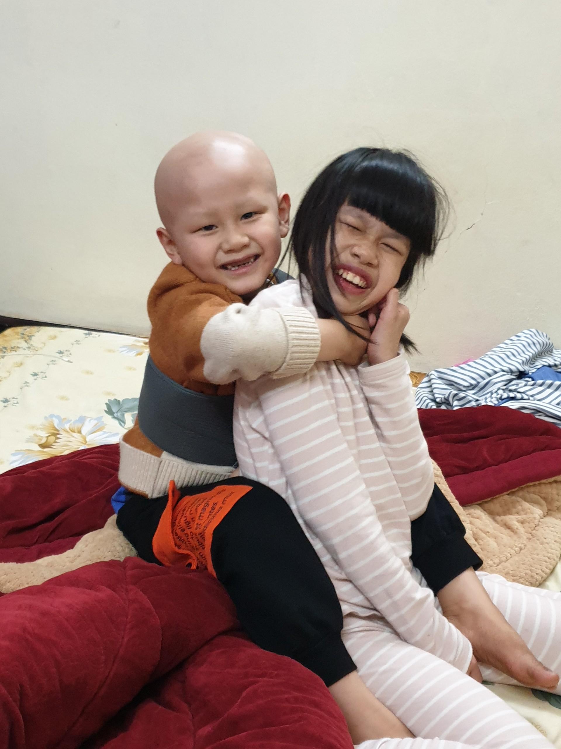Lời khẩn cầu của người mẹ có con trai bị ung thư, con gái bị bệnh tim cần tiền điều trị - Ảnh 3.
