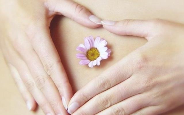 Nhận biết 7 dấu hiệu rụng trứng giúp bạn kiểm soát việc mang thai