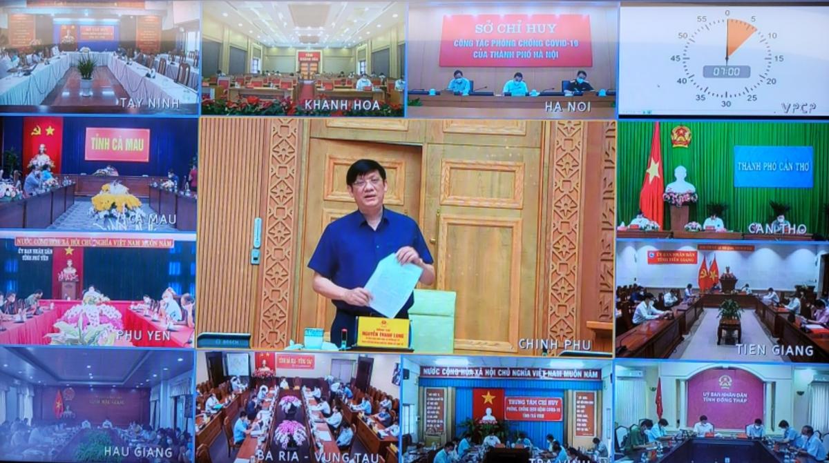 Bộ trưởng Bộ Y tế: Hơn 16.000 chuyên gia, y bác sĩ đã vào TP HCM và các tỉnh phía Nam chống dịch COVID-19 - Ảnh 1.