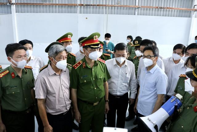 Thủ tướng phân công nhiệm vụ các thành viên Ban Chỉ đạo Quốc gia phòng, chống dịch COVID-19 - Ảnh 3.
