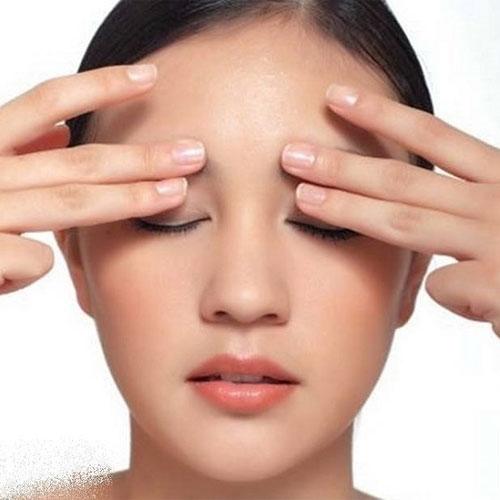 7 bước massage mặt tại nhà ngăn ngừa lão hóa - Ảnh 1.