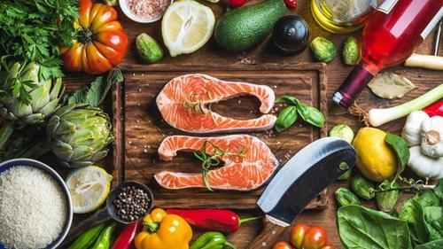 Chế độ ăn Địa Trung Hải giúp giảm huyết áp, cải thiện chức năng cương dương - Ảnh 1.