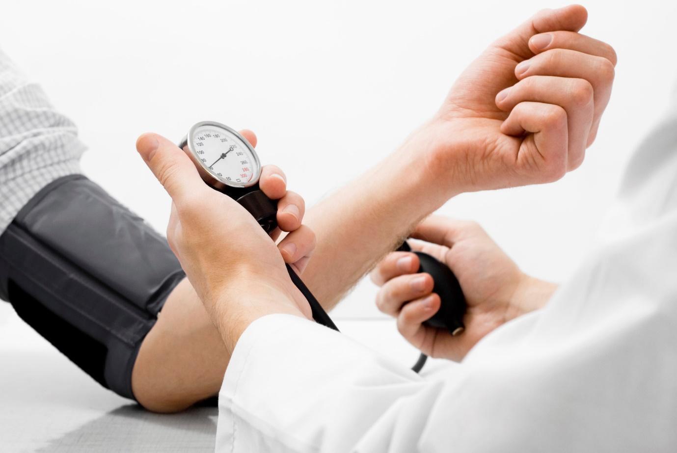 """Chuyên gia lý giải về vấn đề """"vòng xoắn"""" điều trị bệnh lý tăng huyết áp - suy thận - Ảnh 3."""