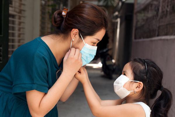 Phòng bệnh truyền nhiễm và chăm sóc sức khỏe tại nhà mùa dịch - Ảnh 4.
