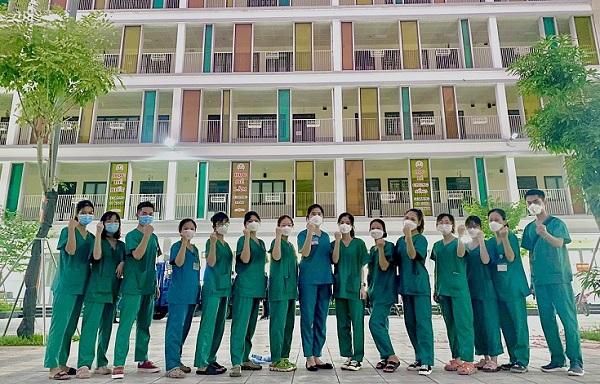 Gần 1000 y bác sĩ BV Bạch Mai hỗ trợ thủ đô chống dịch - Ảnh 2.