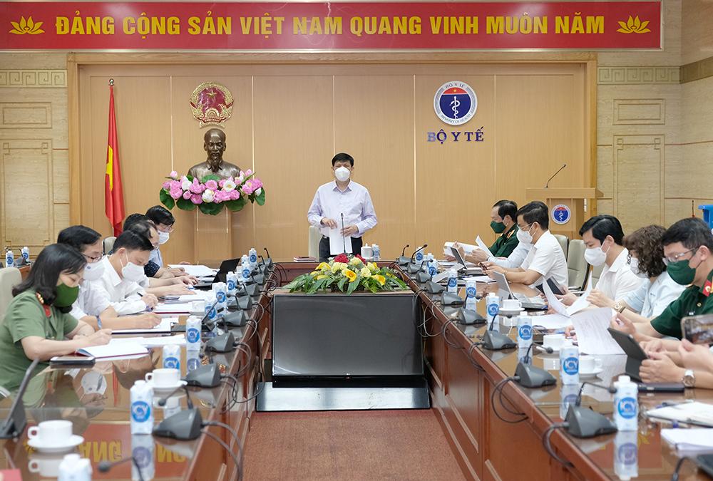 Bộ trưởng Nguyễn Thanh Long: Kết hợp chặt chẽ y tế - quân đội - công an trong thực hiện nhiệm vụ chuyên môn y tế phòng chống dịch COVID-19 - Ảnh 4.