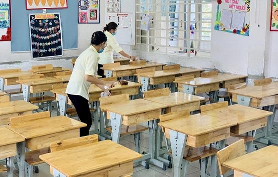 Hơn 1.500 học trò mồ côi, hơn 12 ngàn giáo viên TP. HCM mất việc vì COVID-19 - ảnh 1