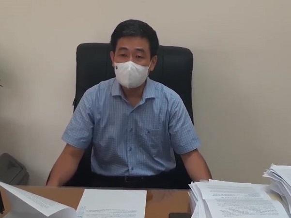Ông Nguyên Quốc Hoàn, Phó Chủ tịch quận Hoàn Kiếm trả lời phỏng vấn báo SK & ĐS.