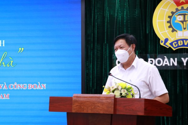 """Thứ trưởng Bộ Y tế Đỗ Xuân Tuyên phát biểu tại lễ ký kết chương trình """"Thảo thơm cơm nhà"""""""