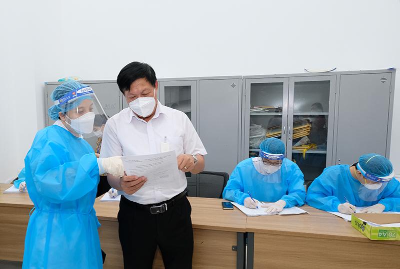 Thứ trưởng Đỗ Xuân Tuyên: Hà Nội phải xác định nhiệm vụ phòng chống dịch là cơ bản và lâu dài - Ảnh 6.