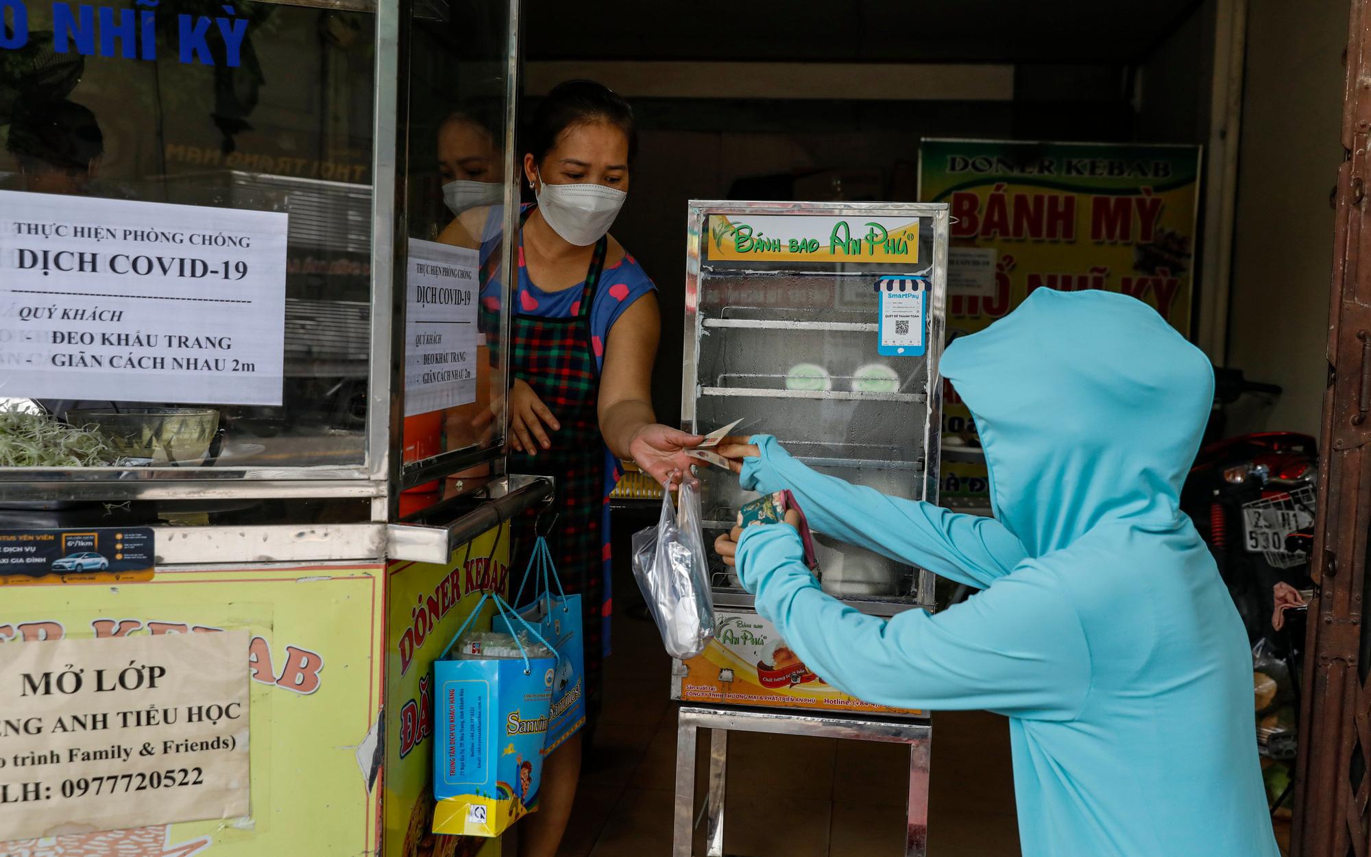 Từ 12h ngày mai, Hà Nội cho mở một số dịch vụ tại nơi không ghi nhận ca COVID cộng đồng