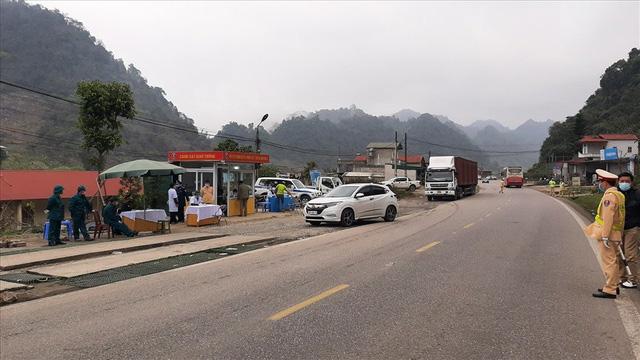 """Nhiều địa phương chấp nhận người ở """"vùng xanh"""" Hà Nội được phép vào tỉnh - Ảnh 3."""