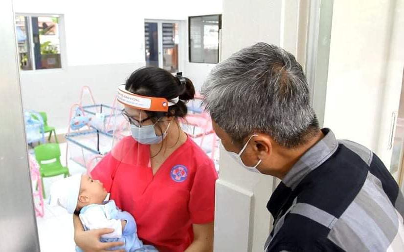 Nơi bù đắp yêu thương cho những trẻ sơ sinh có mẹ mắc COVID-19