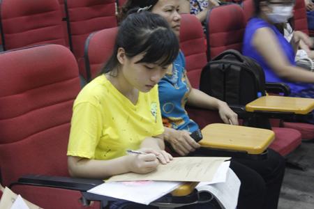 Hàng ngàn chỉ tiêu đại học ngóng thí sinh ở đợt xét tuyển bổ sung - Ảnh 2.