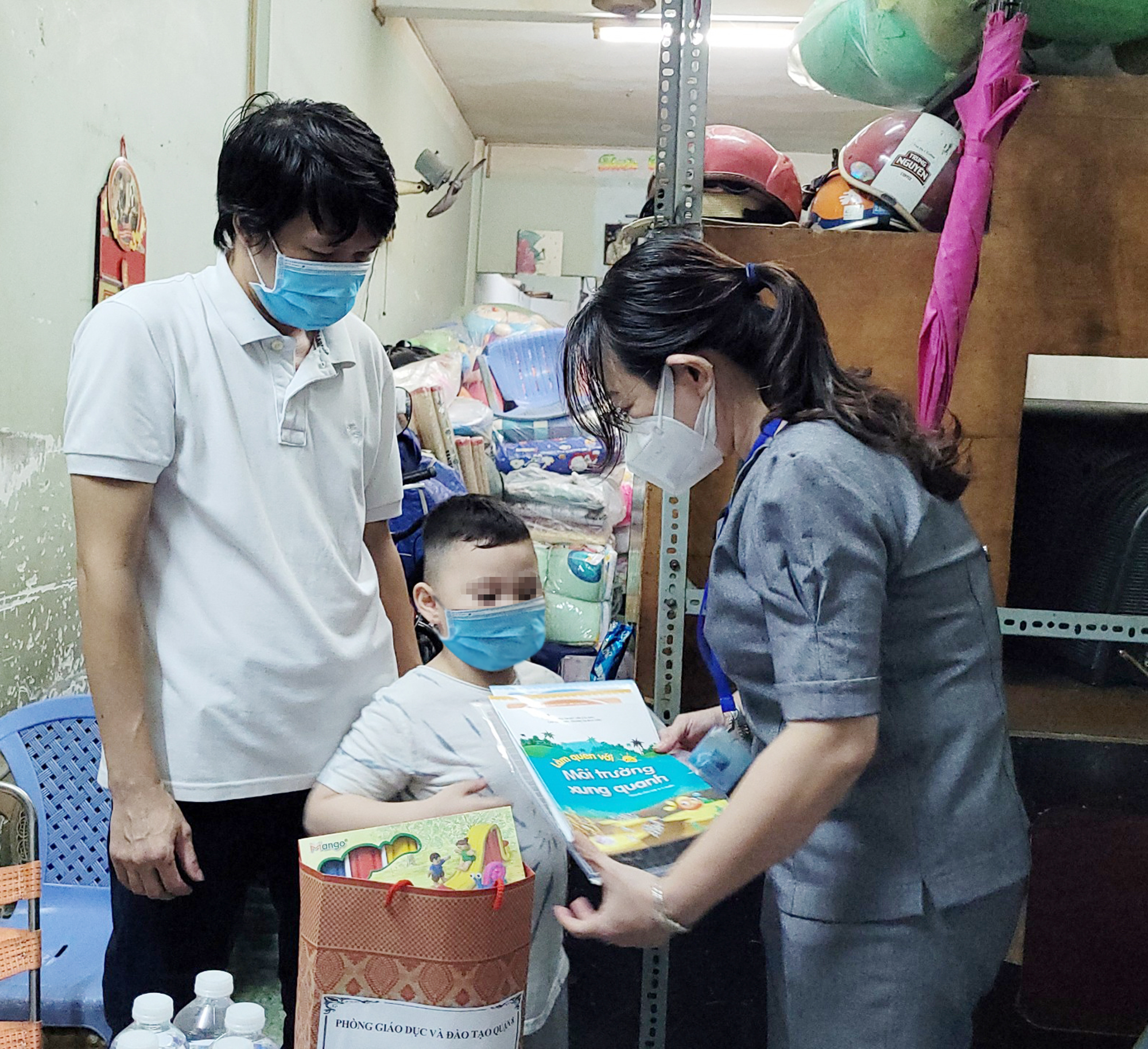 Đai dịch khốc liệt tại TP Hồ Chí Minh 1: Quặn lòng những đứa trẻ chờ mẹ trong tuyệt vọng - Ảnh 6.