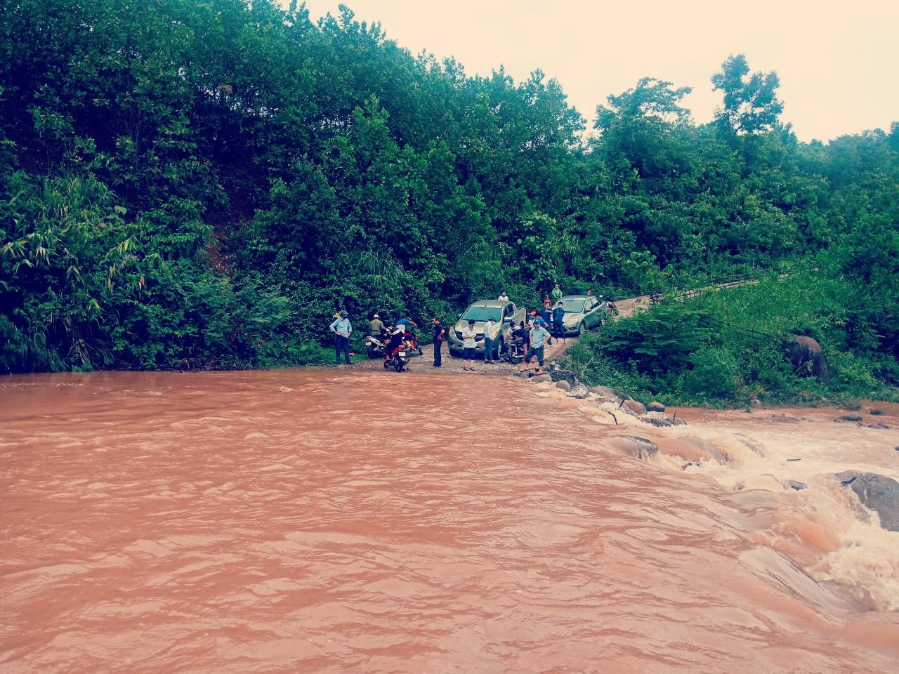Một thai phụ tại Quảng Bình bị lũ cuốn trôi  - Ảnh 1.