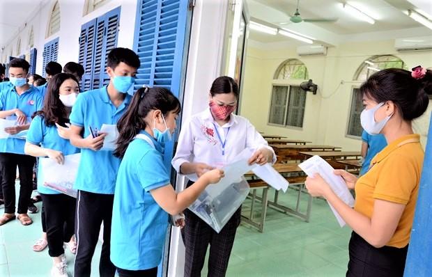 Tổ chức thi tốt nghiệp THPT năm 2022 theo phương án nào? - Ảnh 2.